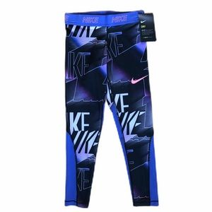 NWT Nike full length leggings